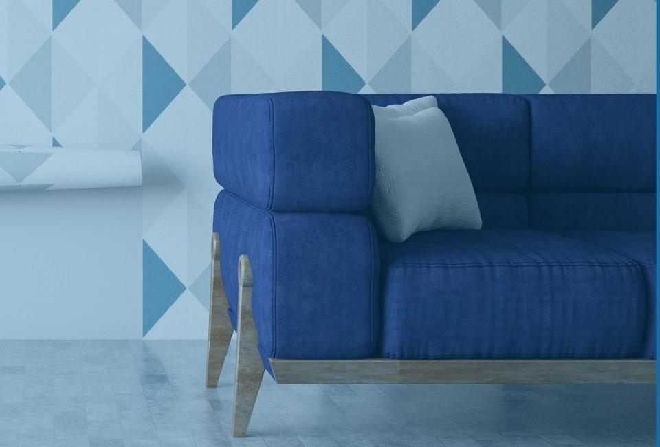 Niebieska sofa natle tapety